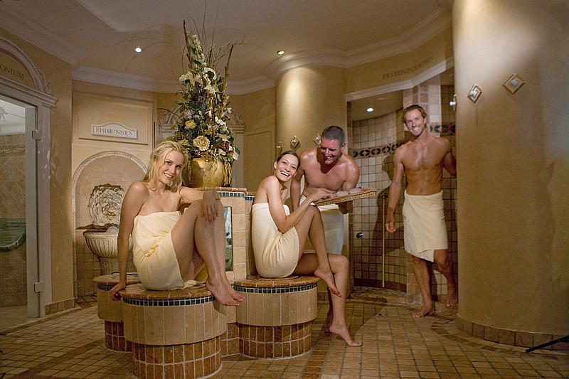 8. Jak należy korzystać z sauny?