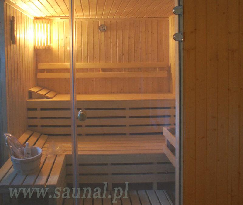Ciepły dar dla każdego, czyli tradycja walczy z nowoczesnością. Sauna fińska kontra sauna infrared.